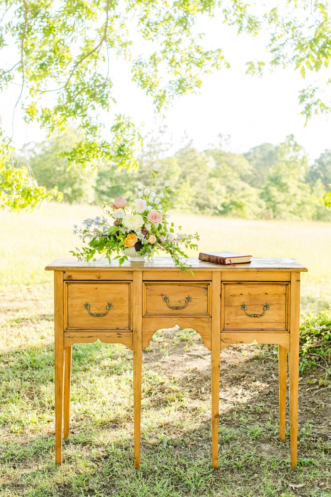 View More: http://abbywallerphotography.pass.us/styled-shoot-edited-images